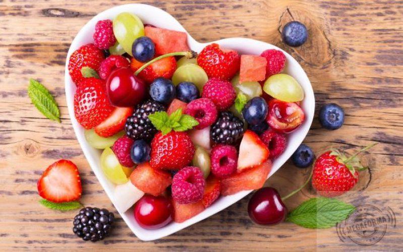 fruits-salad-tapeta-11012_L